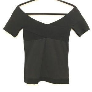 Vena Cava Black Off the Shoulder Top Size Small